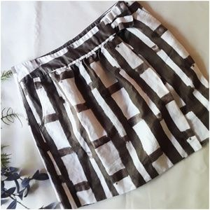 Banana Republic Skirt Brown and White Striped